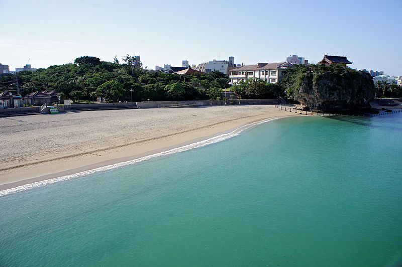 File:111204 Naminoue Beach and Naminoue-gu Naha Okinawa pref Japan03s3.jpg