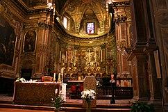 Presbiterio en la iglesia de San Alejandro en Milán (Italia).