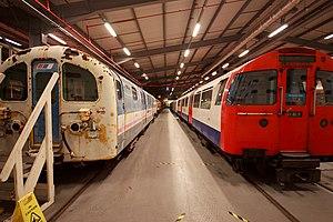 British Rail Class 487 - Image: 1967 stock & British Rail Class 487