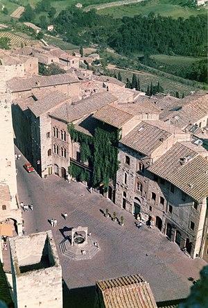 San Gimignano - Piazza della Cisterna, San Gimignano