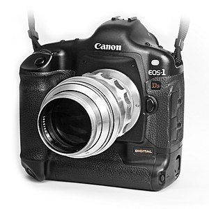Tair (lens) - A Tair 11 lens mounted on a Canon EOS 1Ds