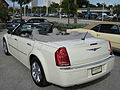 2008 Chrysler 300 white convertible in Florida-rear.JPG