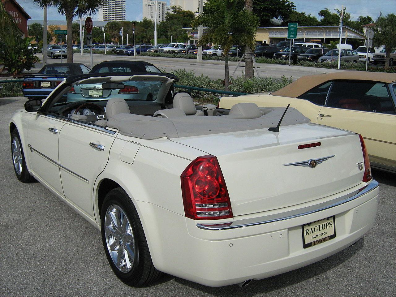 File 2008 Chrysler 300 White Convertible In Florida Rear