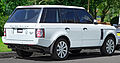 2009-2010 Land Rover Range Rover Vogue (L322 10MY) TDV8 wagon (2012-09-01).jpg