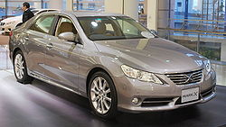 2009 Toyota Mark-X 01.jpg