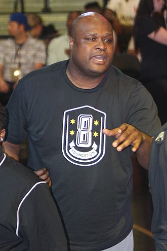 Antoine Walker - Walker coaching in the Nike summer basketball Chi-League in 2014