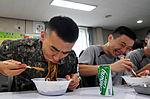 2015.9.25 25사단 GOP 장병들의 아주 특별한 추석 Chuseok, Korean Thanksgiving Day, Republic of Korea Army The 25th Infantry Division (22779513922).jpg