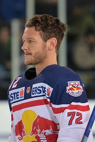 John Hughes (ice hockey, born 1988) - Image: 20160117 RBS vs OLL 6737