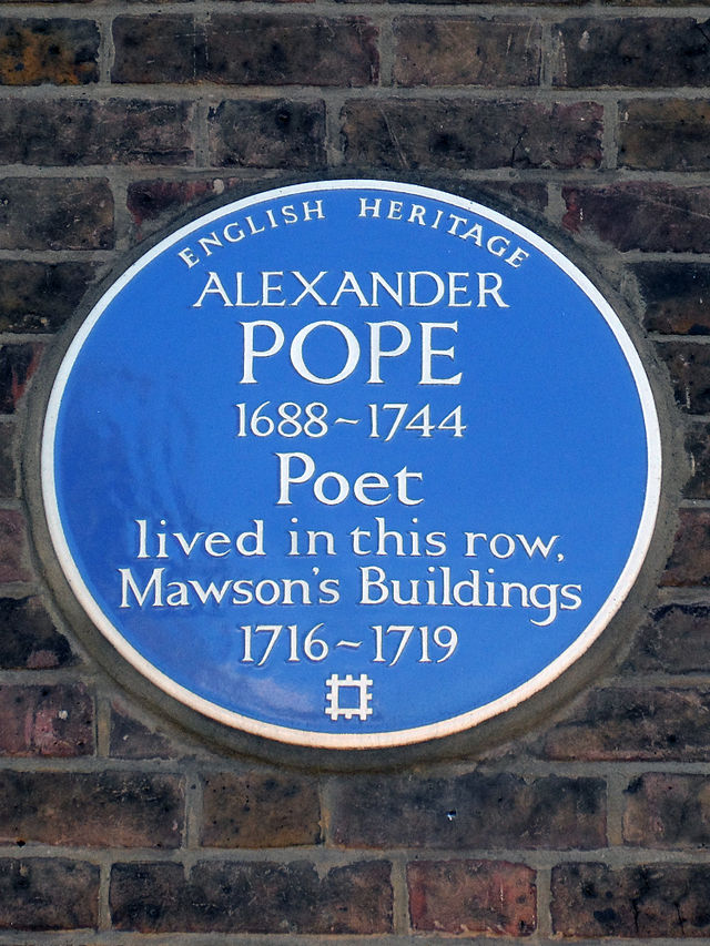 Alexander Pope blue plaque - Alexander Pope 1688-1744 poet lived in this row Mawson's Buildings 1716-1719