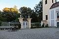 AT-81556 und 34186 Schloss Damtschach 044.jpg
