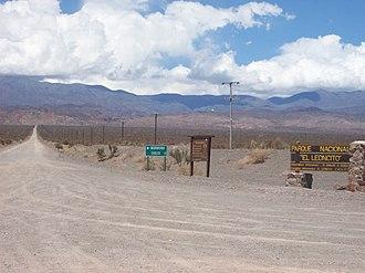 El Leoncito National Park - Image: Acceso al Parque Nacional El Leoncito