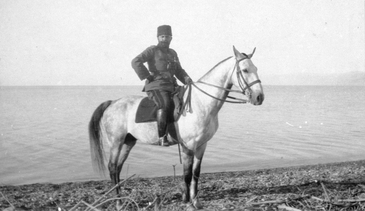 Ахмед Джемаль-паша (6 мая 1872 — 21 июля 1922), Ахмед Джемаль на берегу Мёртвого моря в 1915