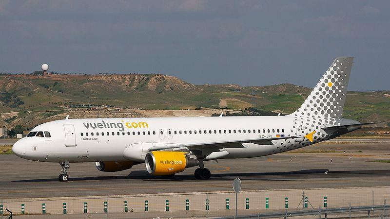 File:Airbus A320-214 - Vueling - EC-JPL - LEMD.jpg