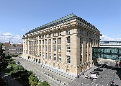 So kommt man zu Oesterreichische Nationalbank mit den Öffentlichen - Mehr zum Ort Hier