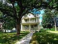 American Foursquare Style House - panoramio.jpg