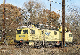 Amtrak paint schemes - An Amtrak catenary maintenance vehicle in 2004-introduced lime paint