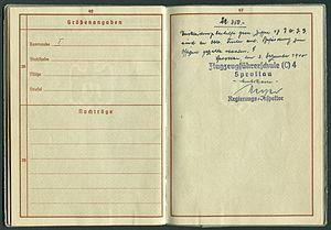 Amtsdokument Paul Fischer 1937 Leutnant Wehrpass Luftwaffe Seite 48 49 Größenangaben Nachträge.jpg
