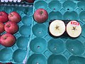 Apples for sale in Japan- Oct 23 2019.jpeg