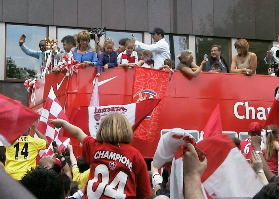 Arsenal open top bus parade 2004