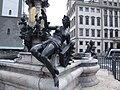 Augustusbrunnen Augsburg Singoldfigur.jpg