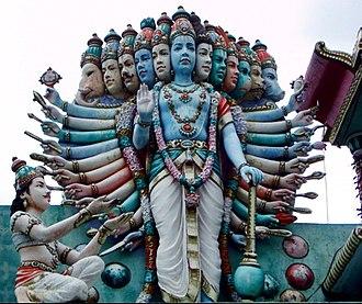 Vishvarupa - Arjuna bows to Vishvarupa