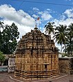 Back view of Mahalingeshwara Temple, Gokak Falls.jpg