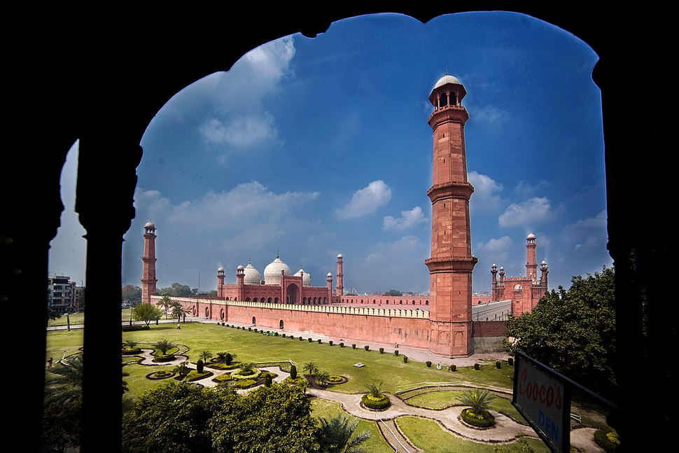 Badshahi mosque lahore view