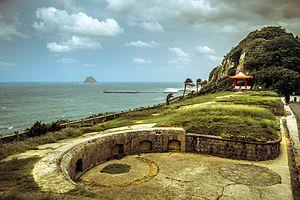 Baimiweng Fort - Image: Baimiwong fort (白米甕砲台) (11313783914)