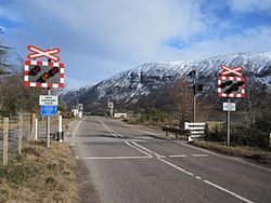 Balnacra Level Crossing in 2010 (10422404654).jpg
