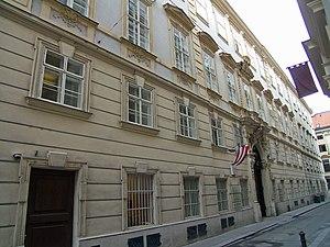 Batthyány_Palais_Bankgasse.JPG