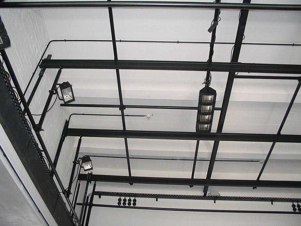 Bauhaus-Dessau Festsaal Bühnenbeleuchtung