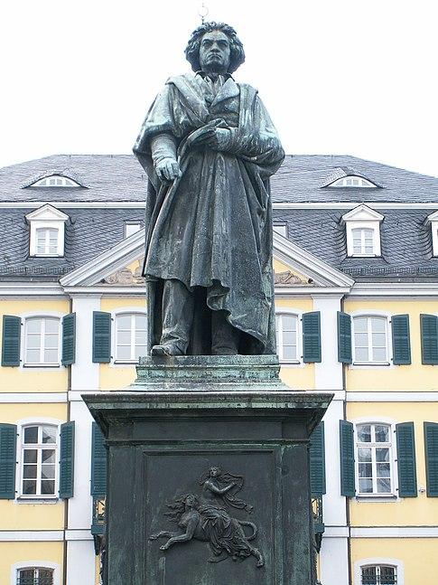 Statue de Beethoven par Ernst Hähnel à Bonn.