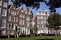 Begijnhof Amsterdam-2.jpg