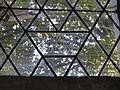 Below Kirche Fenster Aufschrift Stifter 2012-08-06 093.JPG