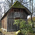 Belsen (Bergen) Treppenspeicher.JPG