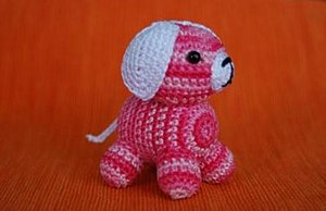 Amigurumi. bigunki dog, mottled pink