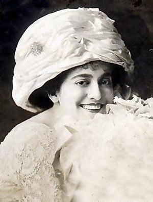 Peach basket hat - American singer Blossom Seeley in a peach basket style, 1912