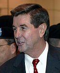 Bob Riley greeting soldiers in Birmingham, 19 Jan, 2004.jpg