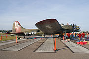 Boeing B-17G-95-DL Flying Fortress Texas Raiders 44-83872 N7227C RSide MX SNF 04April2014 (14584488174).jpg