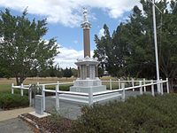 Booval War Memorial 3.jpg