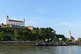 Bratislava Castle and Cathedral 01.jpg