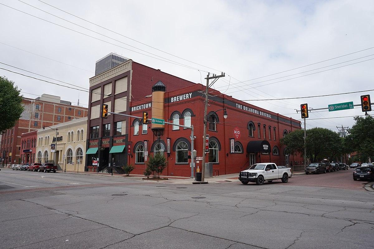 Bricktown May 2016 05 (Bricktown Brewery).jpg