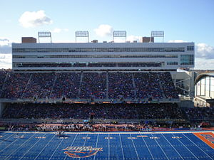 300px-Bronco_Stadium_November_ ...