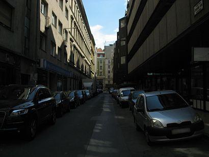Menetrendek Aranykéz Utca tömegközlekedéssel