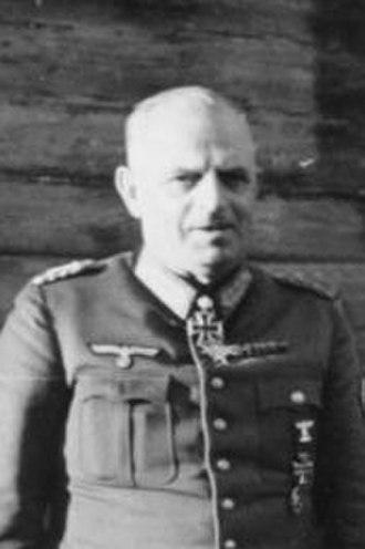 Ernst Busch (field marshal) - Image: Bundesarchiv Bild 101I 088 3724 06A, Russland, General Ernst Busch