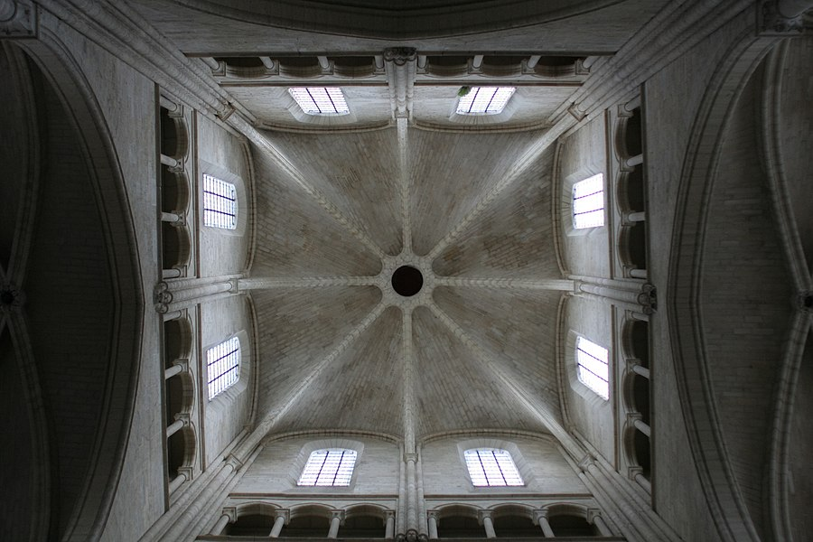 Crossing tower of Laon cathedral (West is upside).