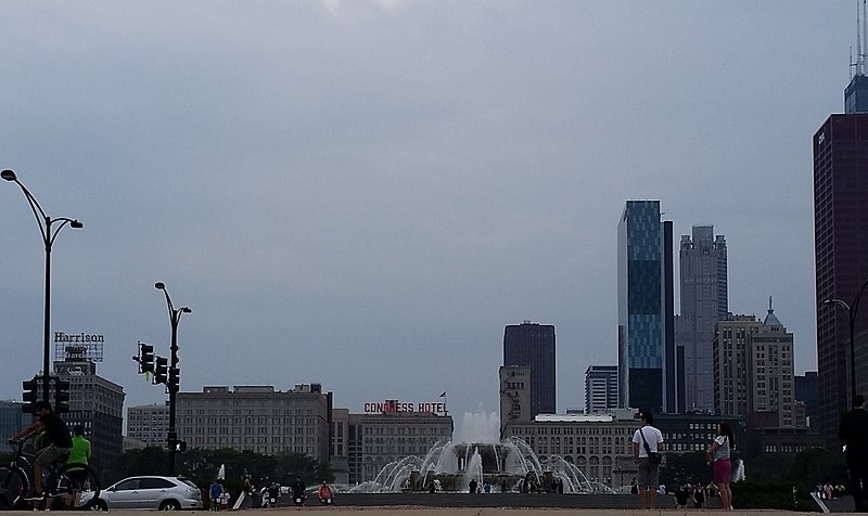 File:Chicago (14907864372) (cropped).jpg