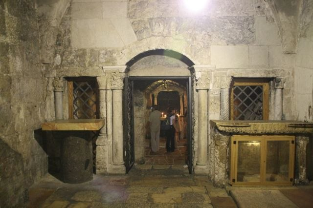 Church of the Holy Sepulchre-08-Prison of Christ