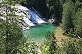 Chute de la rivière du Portage, désignée localement sous le nom chute de la rivière aux Émeraudes, Québec, Canada.jpg
