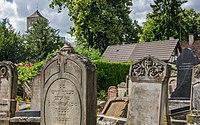 Cimetière juif de Koenigshoffen -5 (45810911095).jpg
